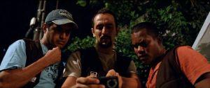 Os guardas noturnos da rua,  os elementos de uma das tramas principais.